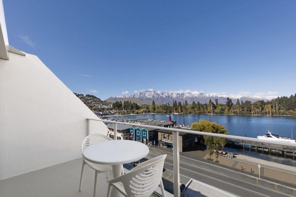 Lakeview Balcony e1566265605538 1024x682